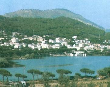 Lago lucrino campi flegrei on line for Lago lucrino